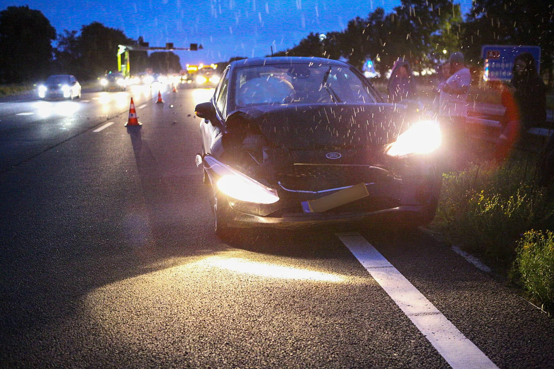 Veel schade na kop-staart botsing bij wegwerkzaamheden op de A1.