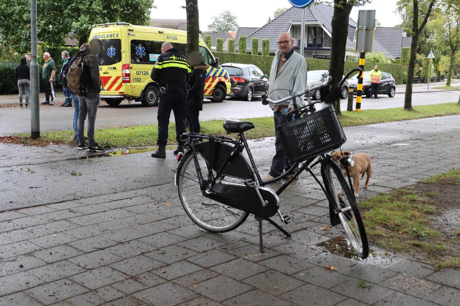 Meisje op fiets aangereden op oversteekplaats Churchillstraat in Barneveld.