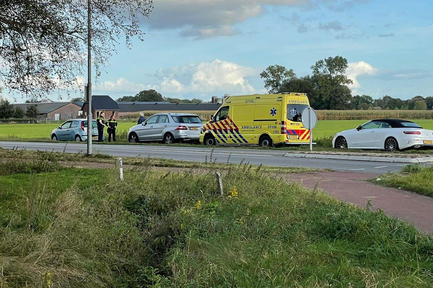 Schade bij kop-staart aanrijding op de Rijksweg in Voorthuizen.